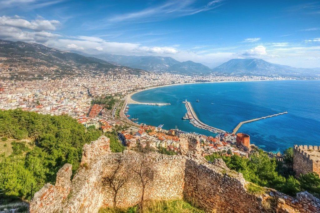 Турагенты олетнем сезоне-2019: туристы экономят напутевках ипереориентируются сЕвропы наТурцию