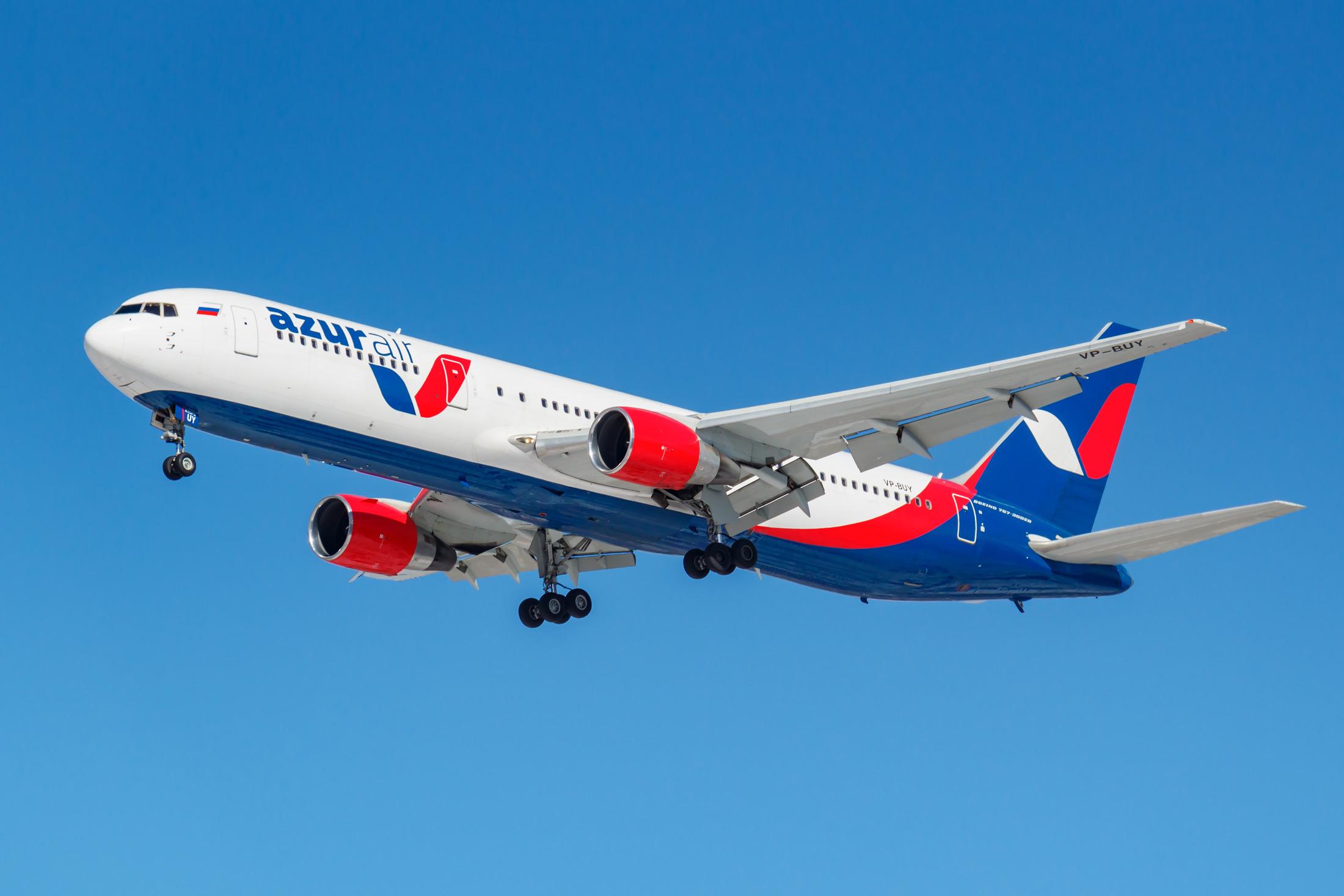 AZUR air открывает регулярные рейсы вТурцию из23 городов России