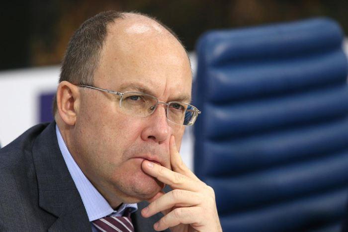 Медведев освободил Сафонова от должности главы Ростуризма