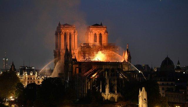 РСТ: пожар всоборе Парижской Богоматери неотразится натурпотоке изРФвПариж