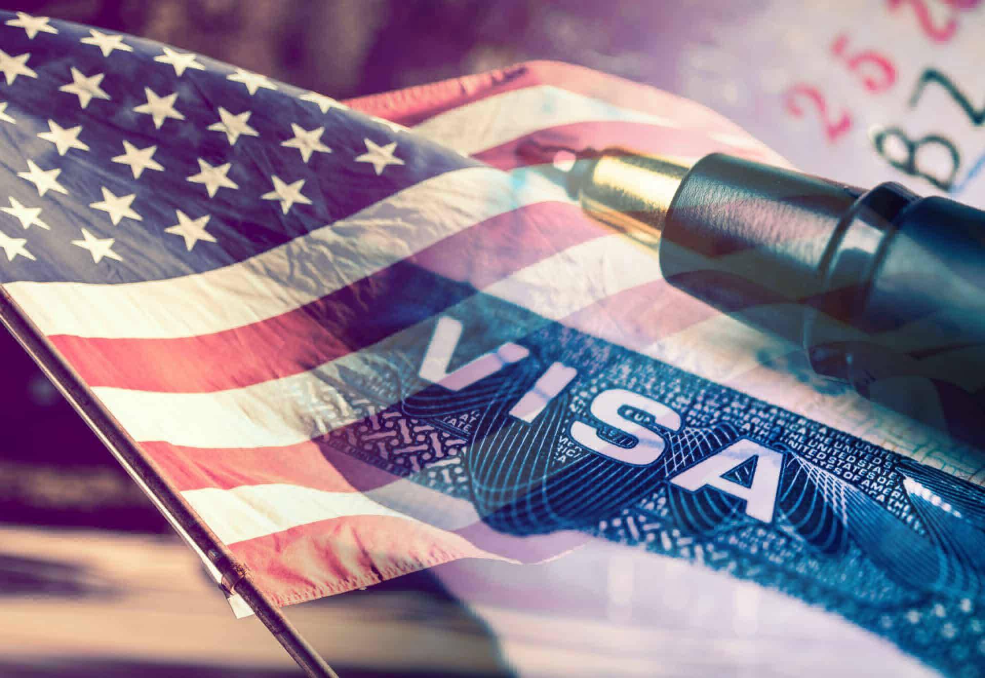 Деловые путешественники изРоссии оформляют американские визы вПольше, Чехии иАвстрии