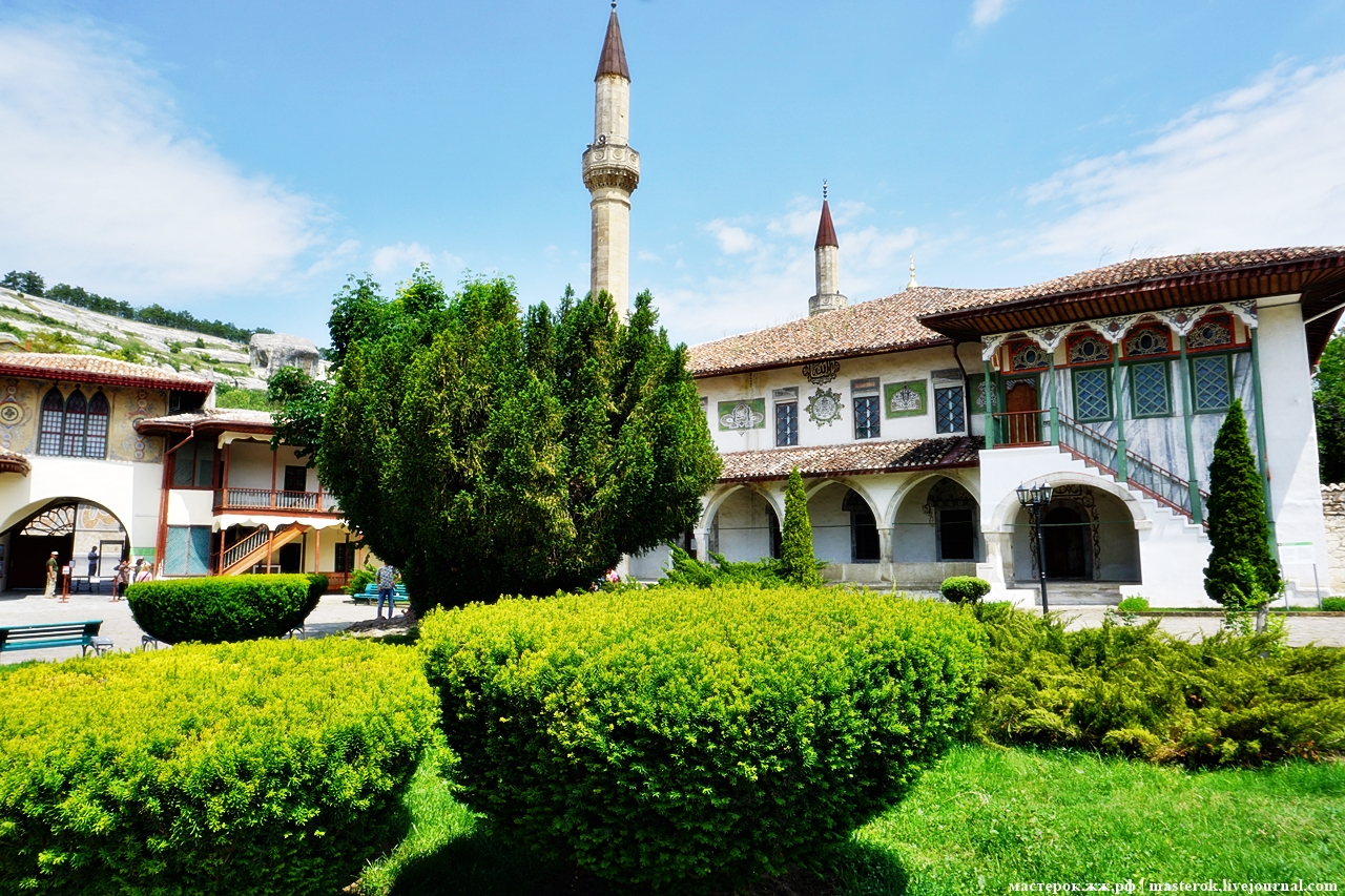 Названы самые популярные некурортные города Крыма воктябре 2019 года