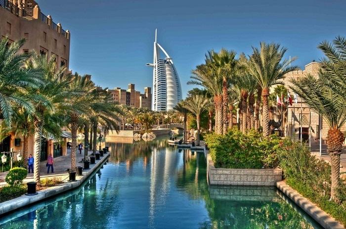 Минздрав ОАЭ требует от туристов спецразрешение на ввоз лекарств