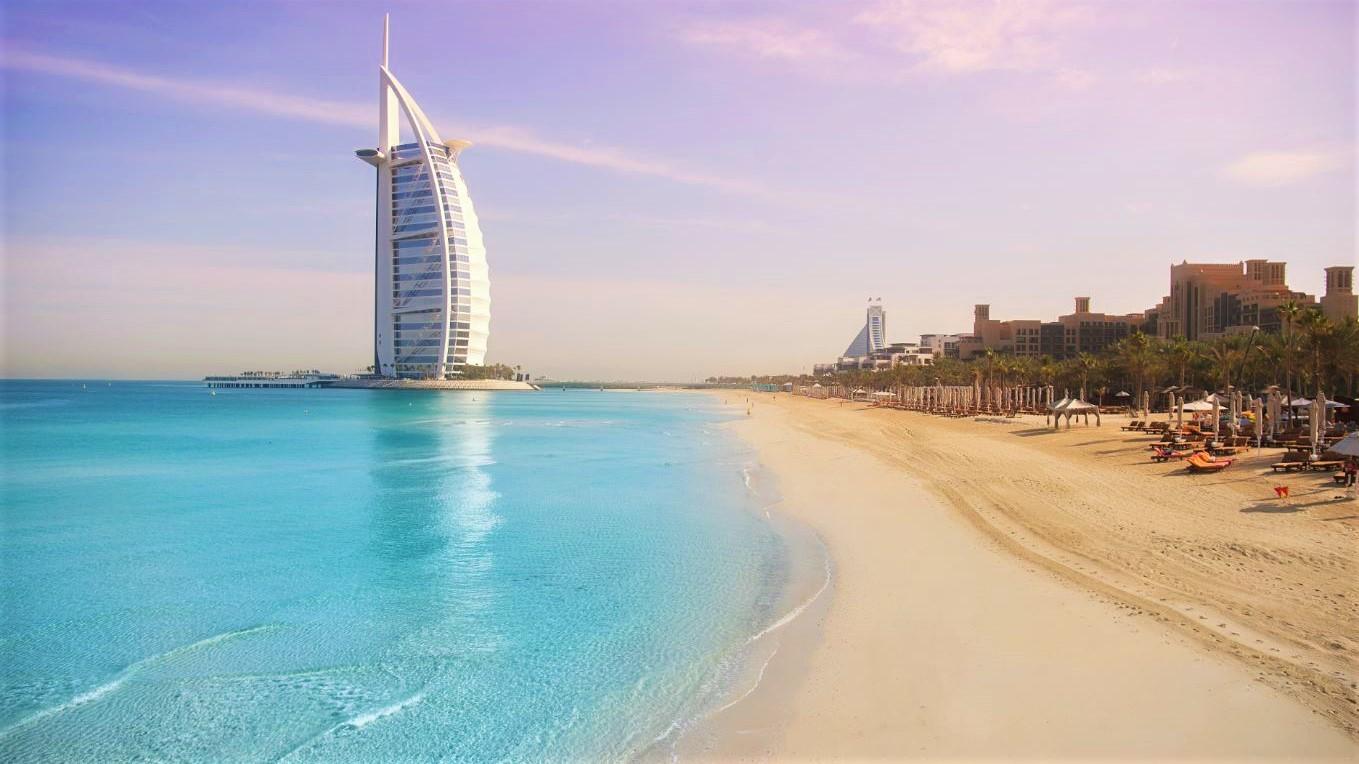 ВОбъединенных Арабских Эмиратах отменяют все пассажирские авиарейсы