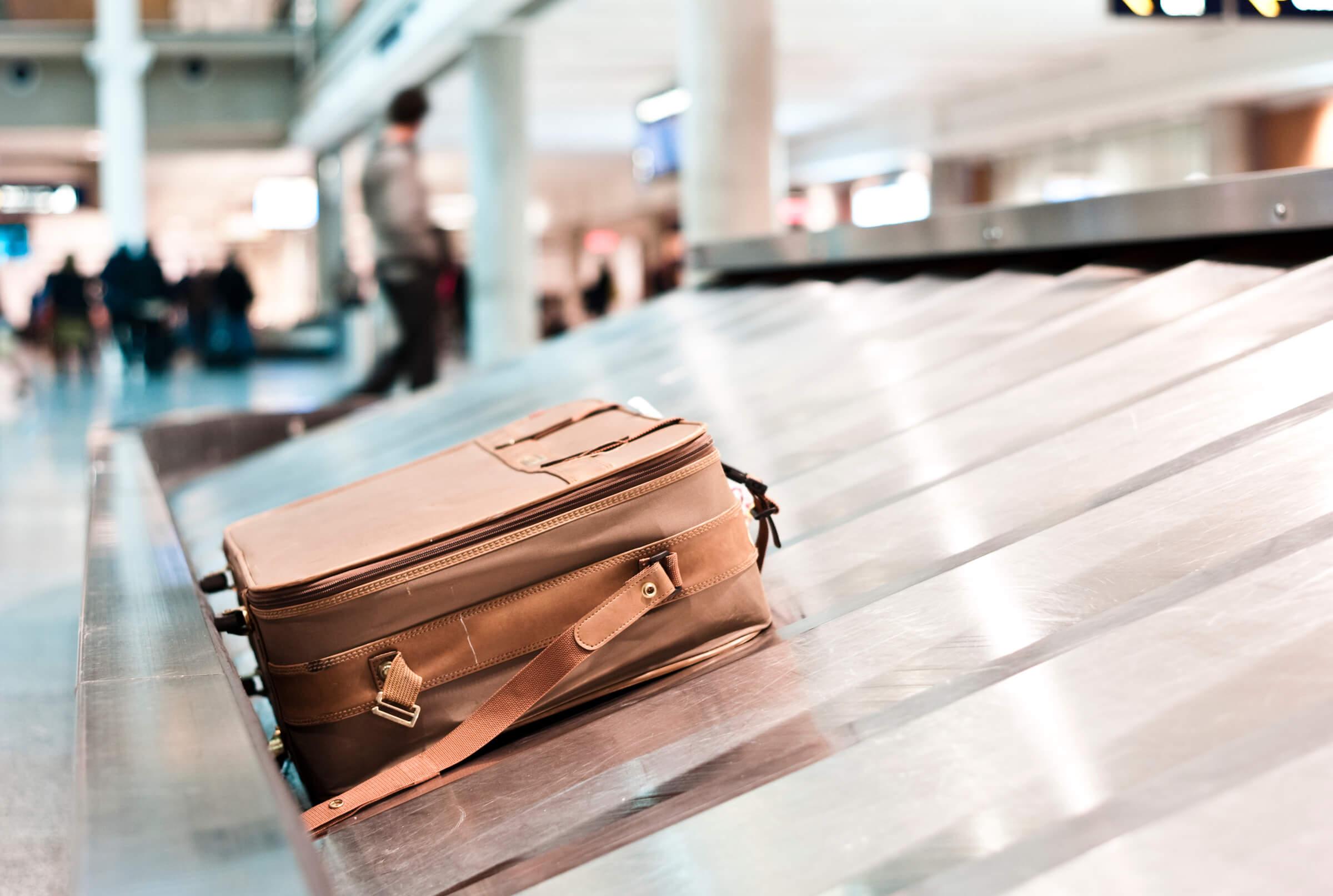 102 туриста неполучили свой багаж ваэропорту Сочи