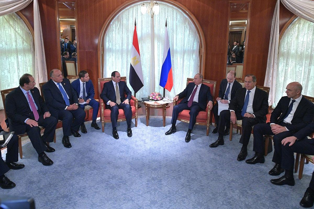 Авиасообщение России сЕгиптом возобновят полностью