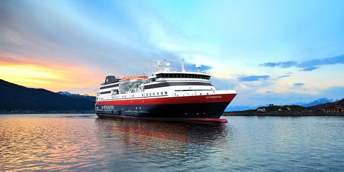 Норвежская круизная компания Hurtigruten впервые войдет впорт Мурманска летом 2019