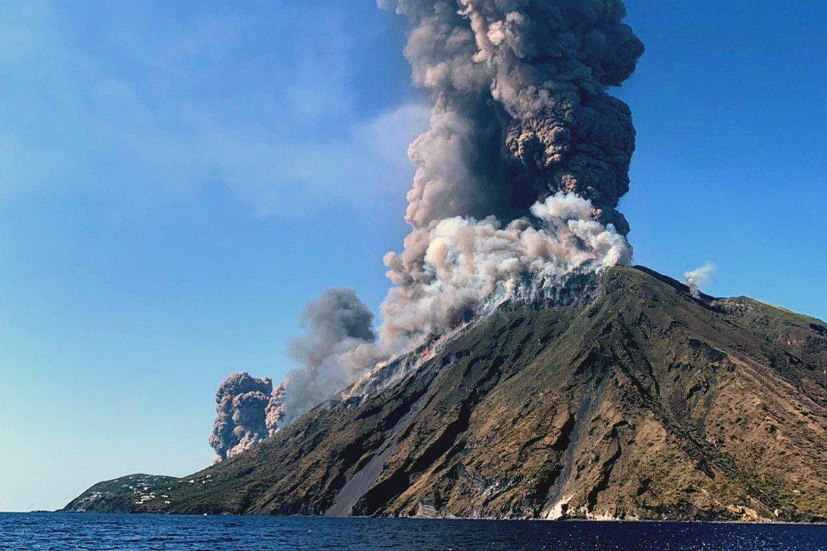 В Италии произошло извержение вулкана