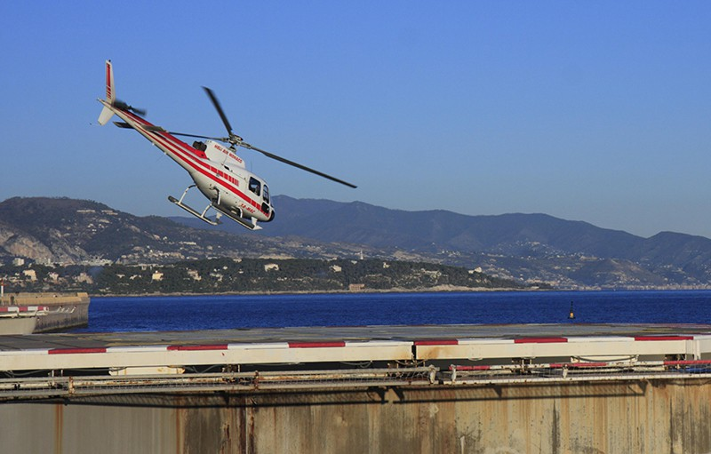 Два российских туриста погибли в Греции при крушении вертолета