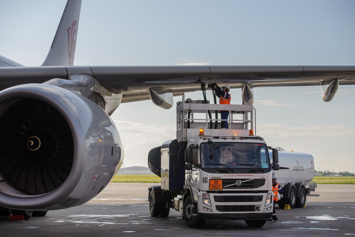 Путин поручил компенсировать авиакомпаниям допрасходы на топливо