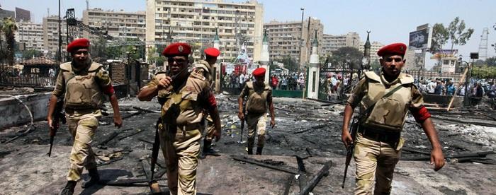 Египетский президент указал продлить действие режима чрезвычайного положения на три месяца