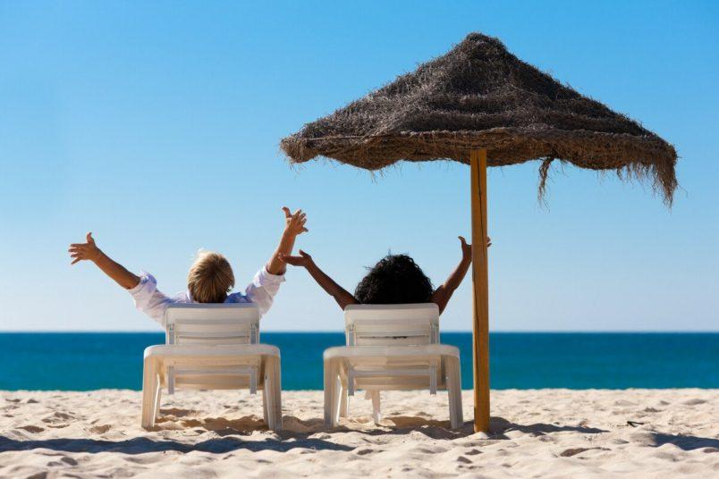 Исследование: многие туристы планируют отправиться в отпуск осенью