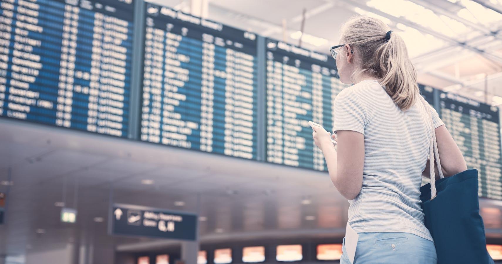 Зачас задержки рейса туристы будут получать до330рублей