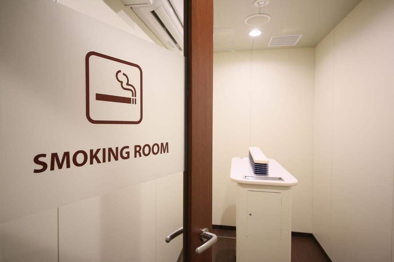 Вначале 2020 года ваэропорт «Шереметьево» вернут курительные комнаты