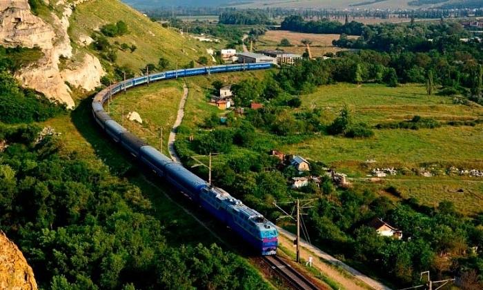 Чартерные поезда могут запустить вКрым